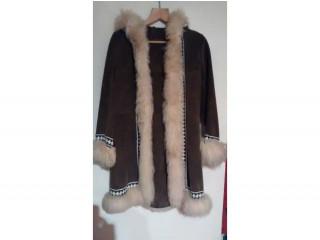 Ladies Genuine Vintage 1970's Suede Leather Coat