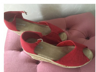 Red Sandals size 4