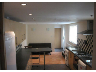 9 Bedroom Student House Richards Street Cathays Cardiff