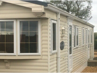 NHS and KEY worker Luxury Mobile Home for rent with Orchard Views