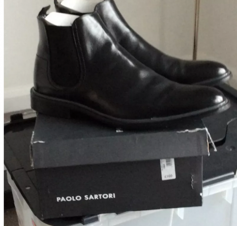black-leather-chelsea-boots-big-0